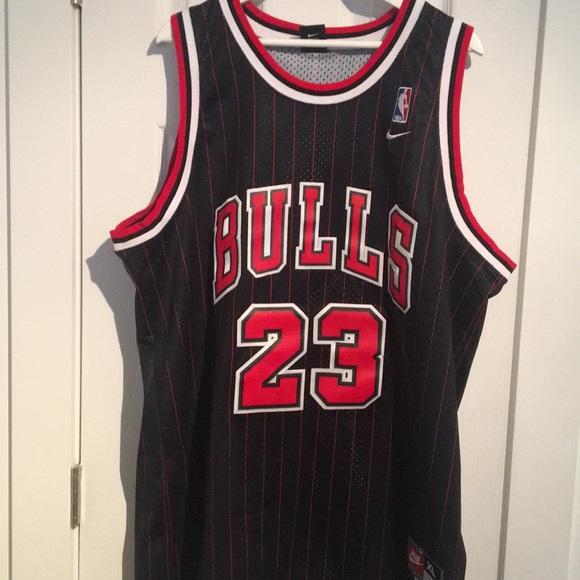 pretty nice 36769 e840c Bulls Jordan jersey